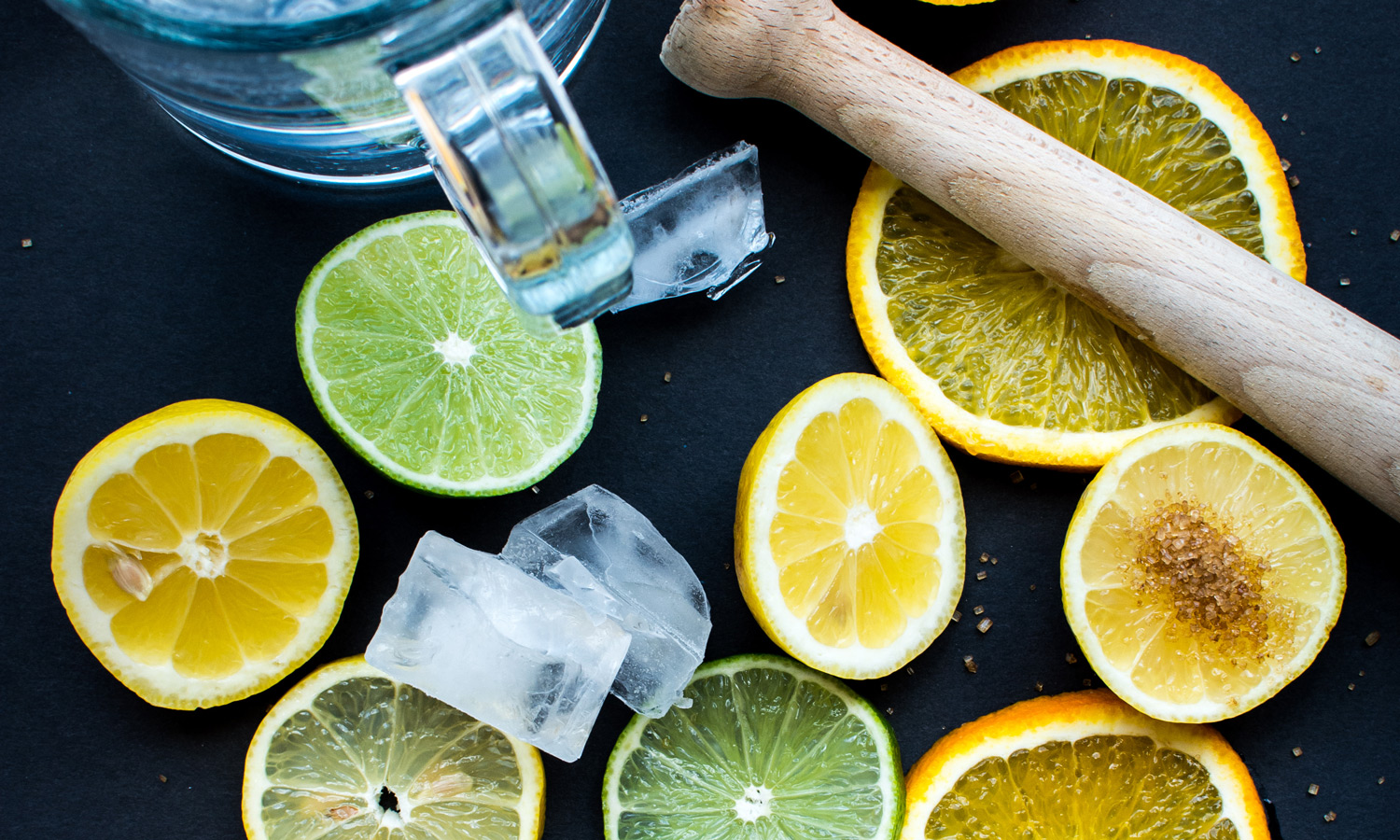 foodiesfeed.com_citureses-for-lemonade-2