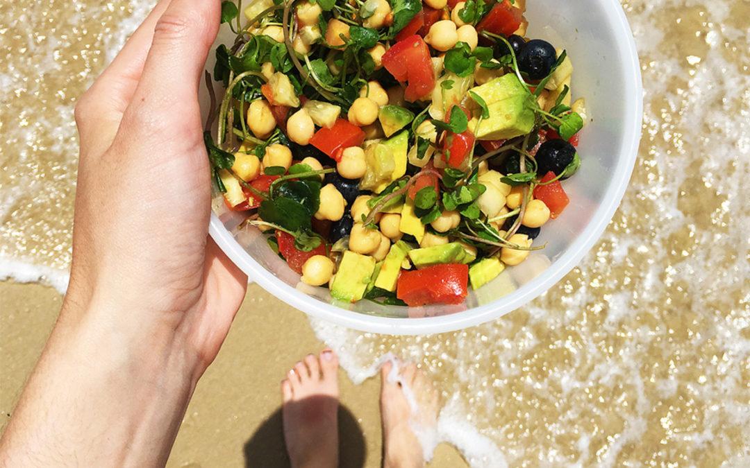 Dos ensaladas de legumbres para llevar a la playa