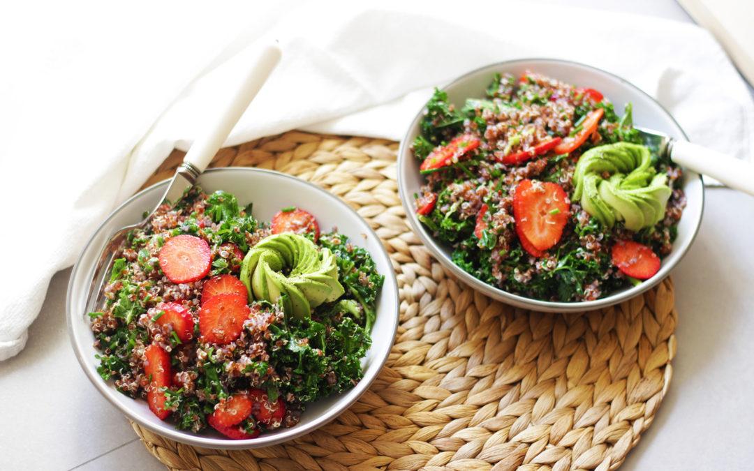 Ensalada de quinoa roja aromática